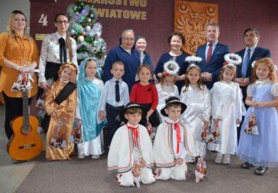Życzenia świąteczne dzieci z Przedszkola Sióstr Miłosierdzia w Przeworsku