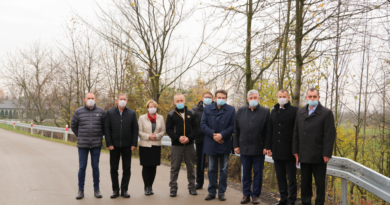 Chodnik przy drodze powiatowej w Tryńczy oddany do użytku